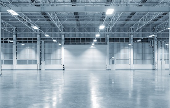 The empty floor of a commercial warehouse for sale in Peoria IL