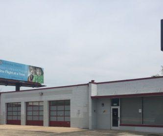 706 Wm Kumpf Blvd., Peoria, IL